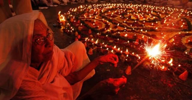 1. Diwali Festivali