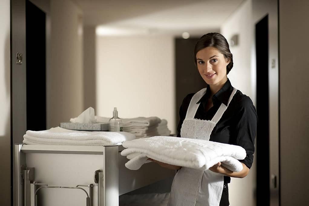 3. Housekeeper/Oda Temizlik Elemanı