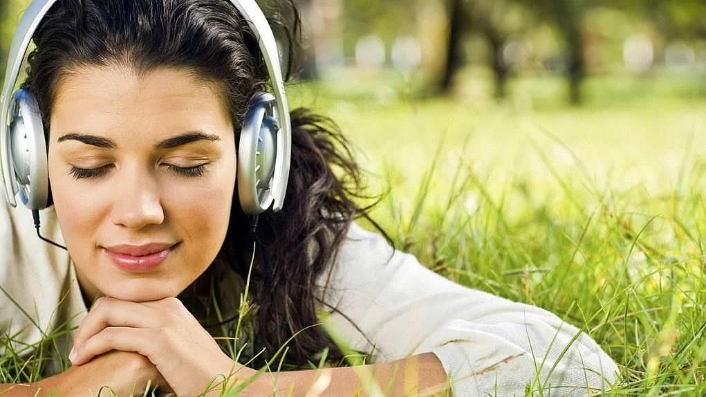 10. Duymak için dinleyin.