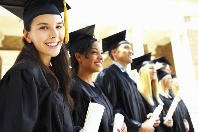 Elinizin Altında Bulunması Gereken Yurtdışı Eğitim Bursları