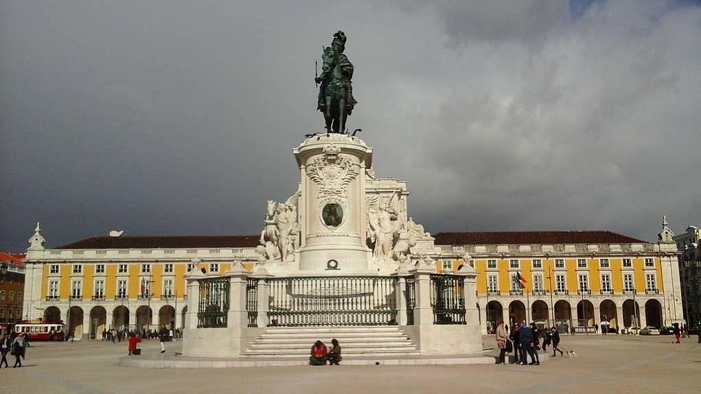 14. Portekiz'in başkentine geldim.