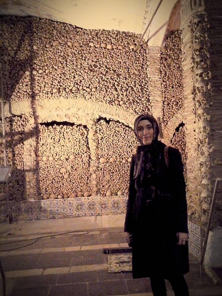 2. Evora'daki kemik kilisesi ürkütücüydü.