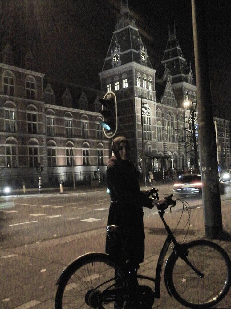 39. Bisiklet şehrinde bisiklet kiraladım ve o sokaklarda kaybolmanın mutluluğunu yaşadım.