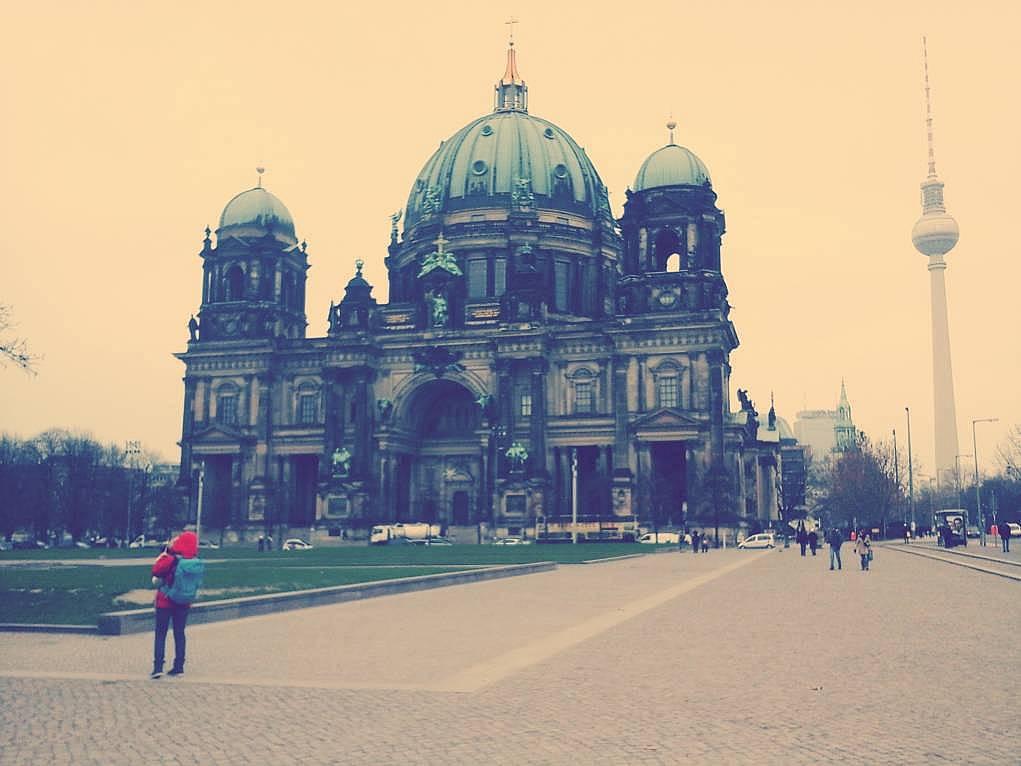 33. Berlin Kilisesi'ni de gezdim.