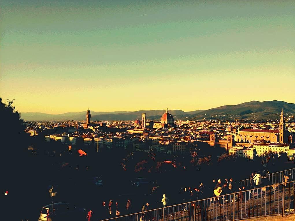 22. Floransa'ya tepeden bakarken burası muhteşem diye bağırmak istedim.