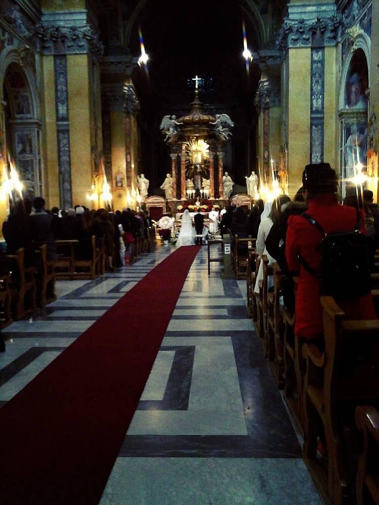 26. Roma'da düğün var dediler, geldim.