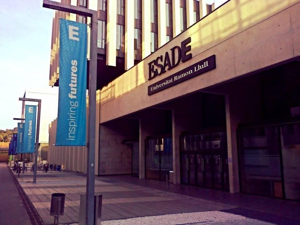 8. Esade Business School / İspanya