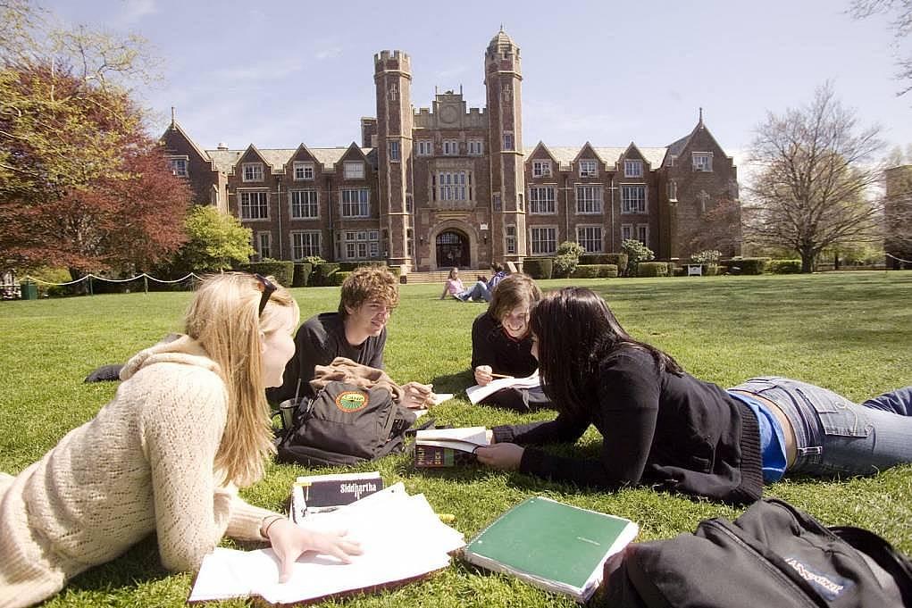 5. CV'nize ekleyebileceğiniz yurtdışı eğitim tecrübesi olur.