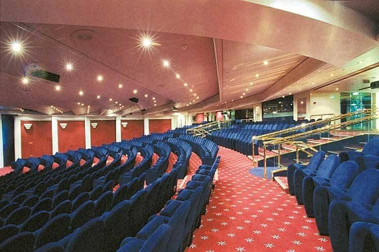 8. Uluslararası gerçekleşen konferans veya farklı programlara rahatlıkla katılmanızı sağlar.