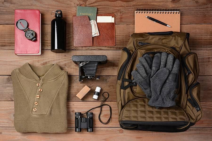12. Sırt çantanızda yedek kıyafet taşıyın.