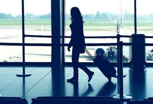 Uzun Uçuşlarda Rahat Seyahat Etmeniz için8 İpucu