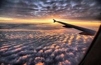 Uçakla Yolculuk Yapanların Yaşadığı 12 Şey