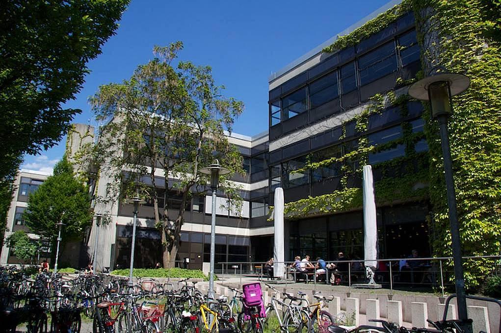 10. Tübingen Eberhard Karls Üniversitesi