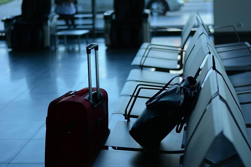 4. Uçakta çantanıza koymamanız gereken eşyaları bilin.