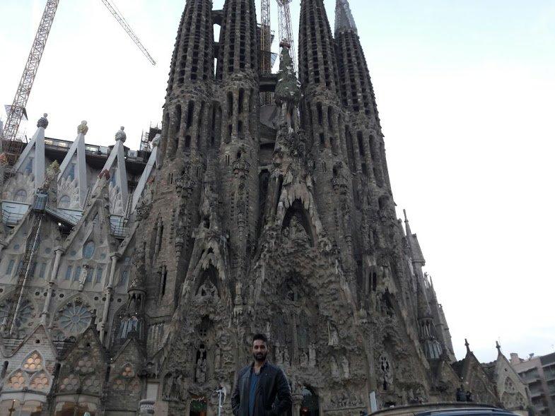 2. Sagrada Familia'yı görmeden Barselona'ya gitmiş olmazsınız!