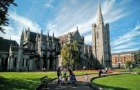 İrlanda'da Dil Eğitimi Almak için Neler Yapmalıyız?
