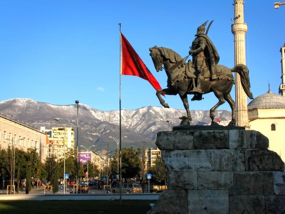 4. Tiran, Arnavutluk
