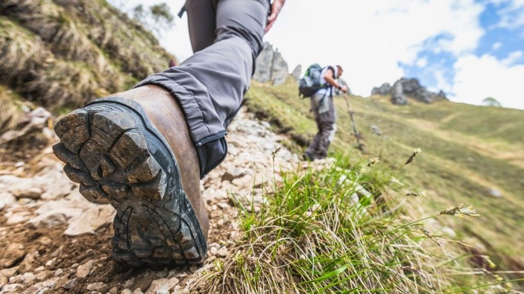 2. Ayakkabılarınız uzun yürüyüşlere uygun olmalı.