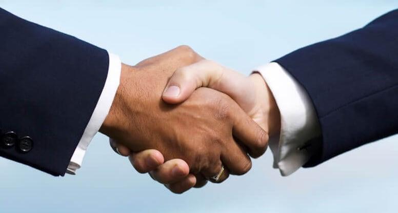 3. Otelle birebir iletişime geçerek pazarlık yapın!