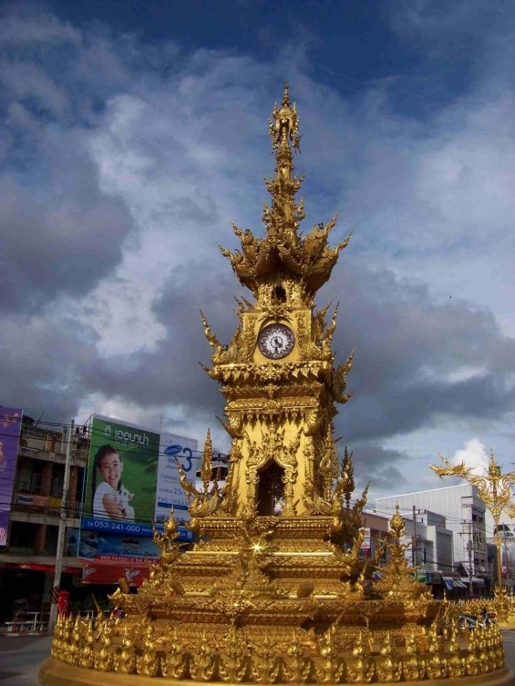 2. Chiang Rai Saat Kulesi / Tayland