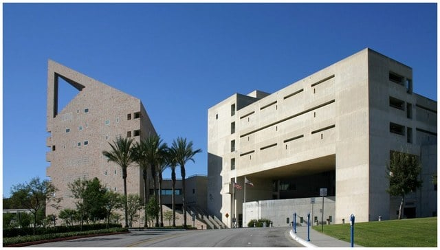 4. Kaliforniya Teknoloji Enstitüsü (Caltech)