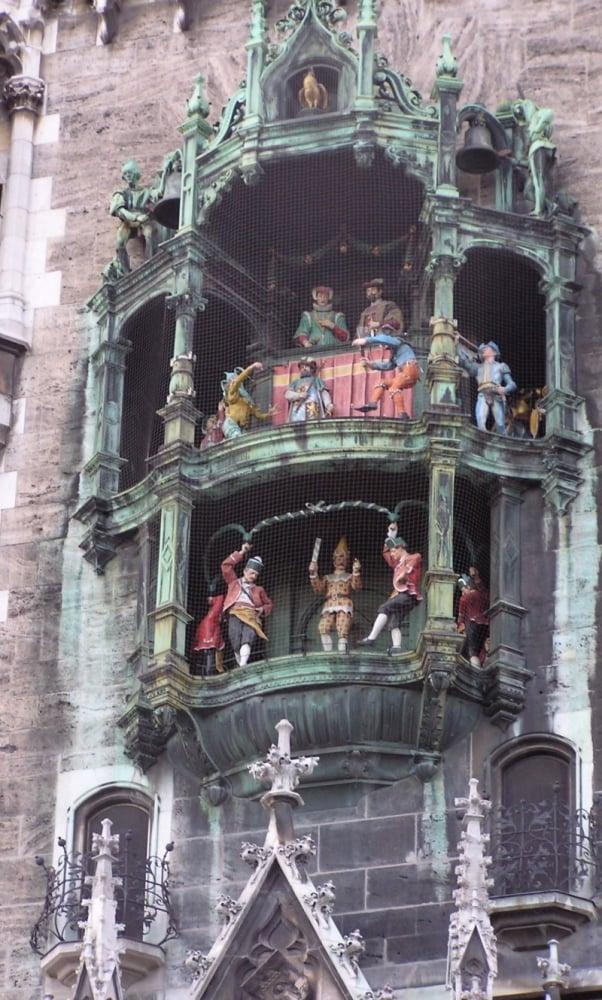 4. Münih Glockenspiel / Almanya