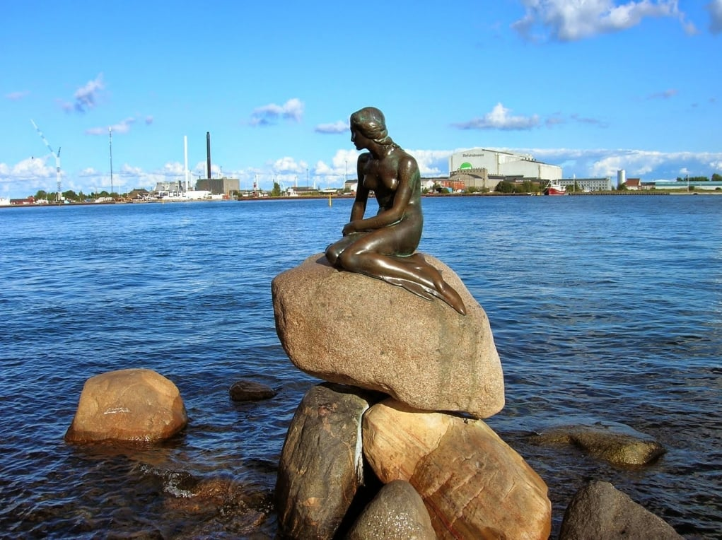 10. Küçük Deniz Kızı Heykeli / Kopenhag - Danimarka