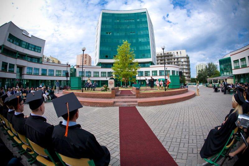 10. Lazarski Üniversitesi