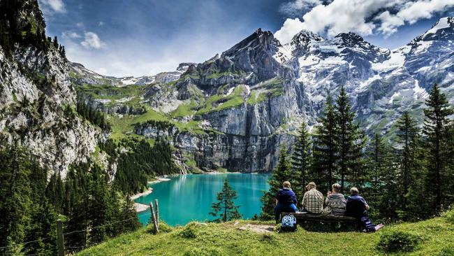 9. İsviçre