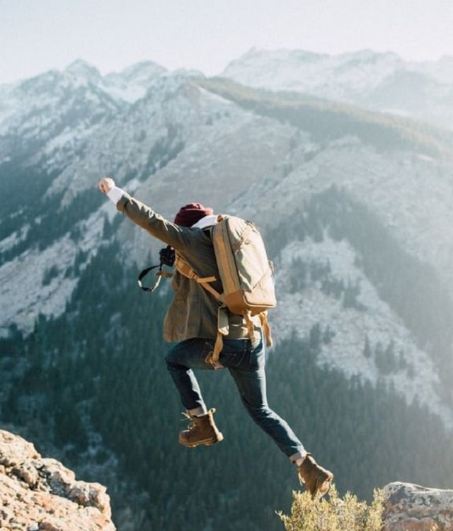 11. Olduğunuz yerde durarak poz vermek yerine, bir şeyle ilgilenin ya da hareket edin.