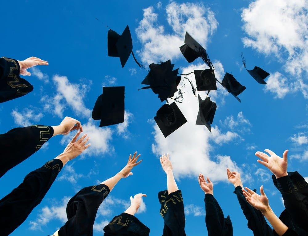 7. ''Yurtdışında eğitim mezuniyet sürenizi uzatacaktır.''