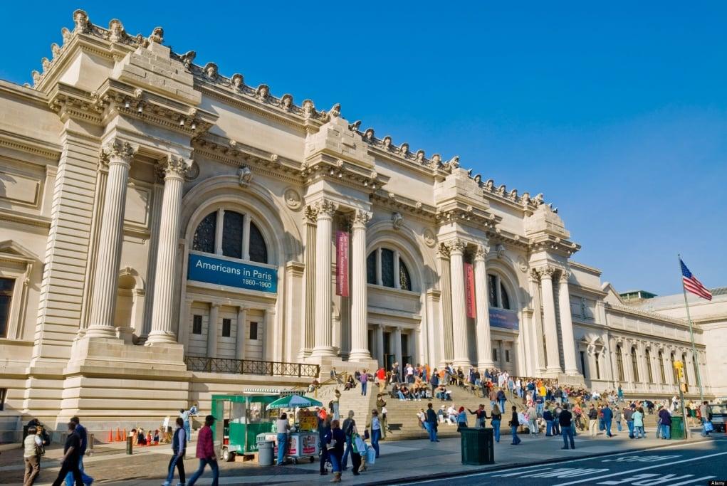10. Dünya'nın en büyük müzesi New York'tadır.