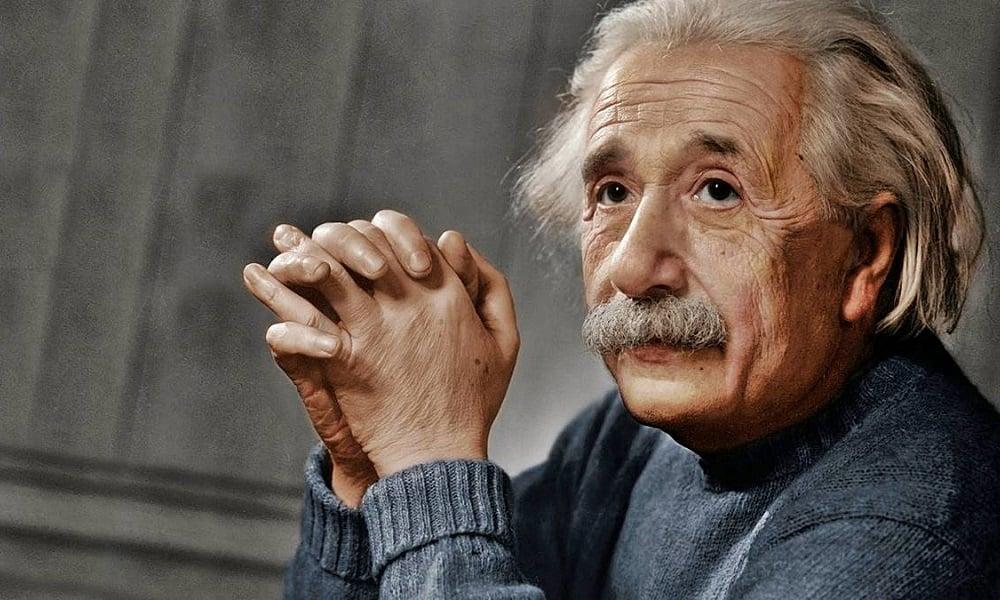 4. Albert Einstein'in gözleri New York'taki bir kasada saklanıyor.