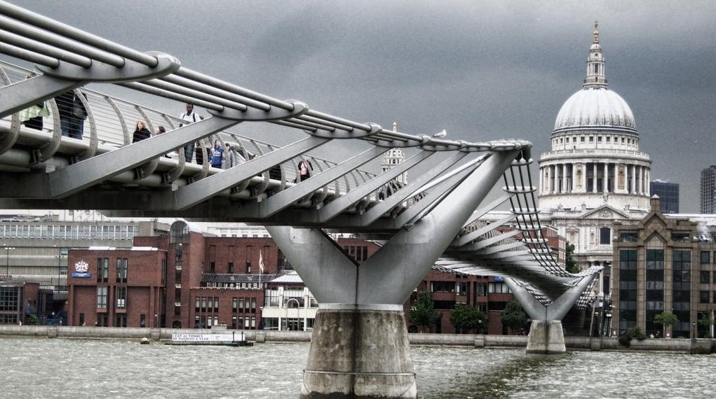 17. Millennium Köprüsü, Londra