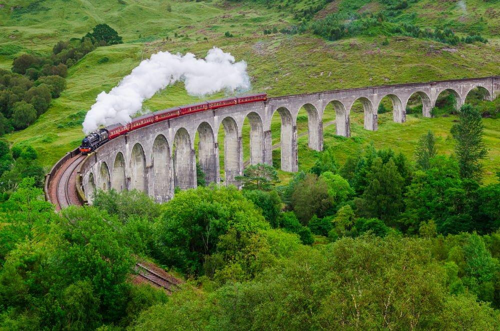 19. Glenfinnan Viyadüğü, İskoçya