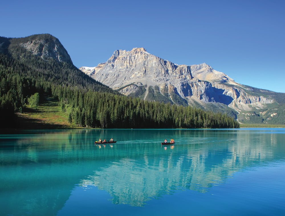 1. Alaska, yüzölçümü bakımından ABD'nin en büyük eyaleti olmasına karşın en düşük nüfus yoğunluğuna sahip eyaletidir.