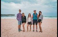 İzleyeni Bambaşka Bir Dünyaya Götüren Nefes Kesici Work and Travel Macerası