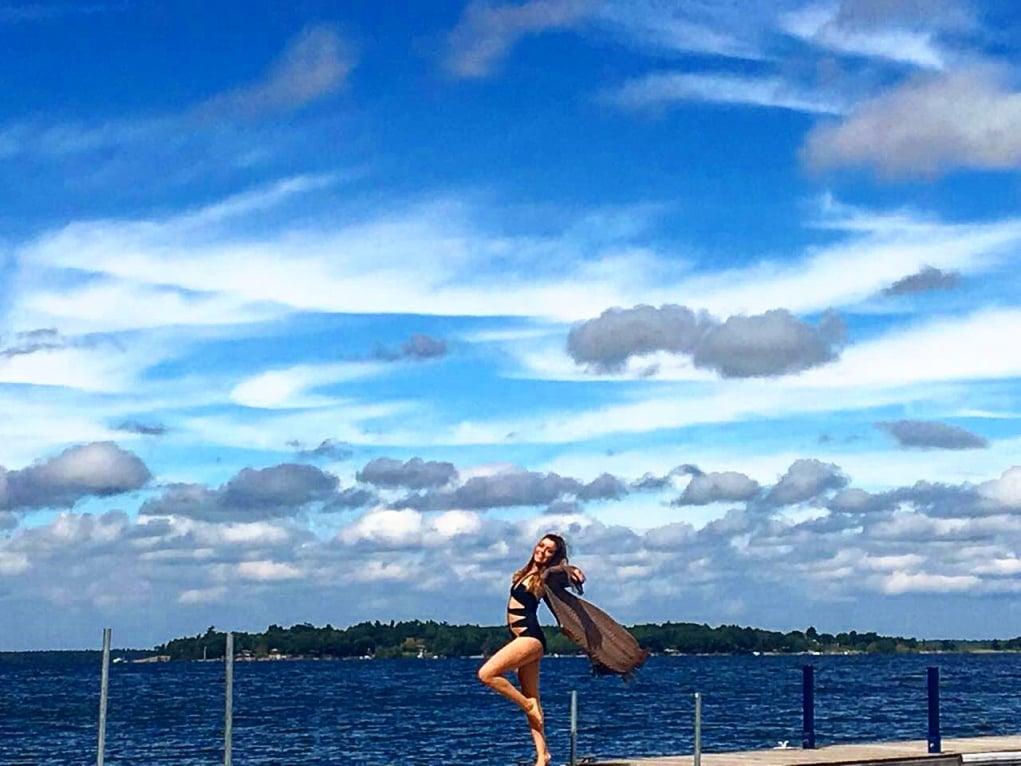 13. Ontario Gölü ve göldeki ilk yüzme deneyimim.
