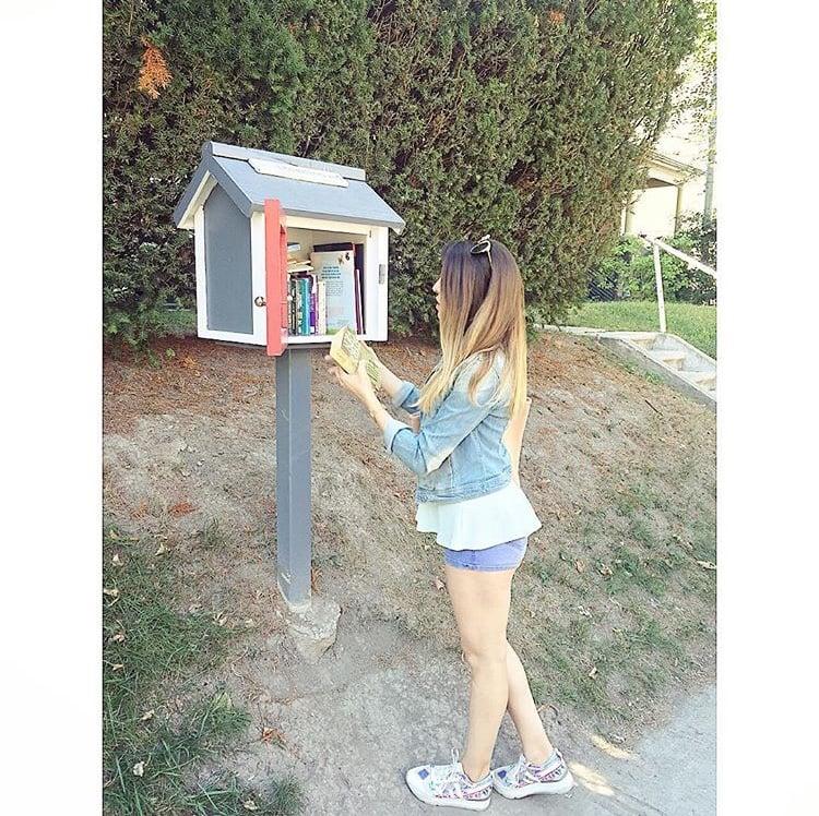 16. Şehrin sokaklarındaki minik kütüphanecikler.