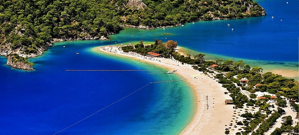 2. You can experience four seasons at the same time in Turkey.