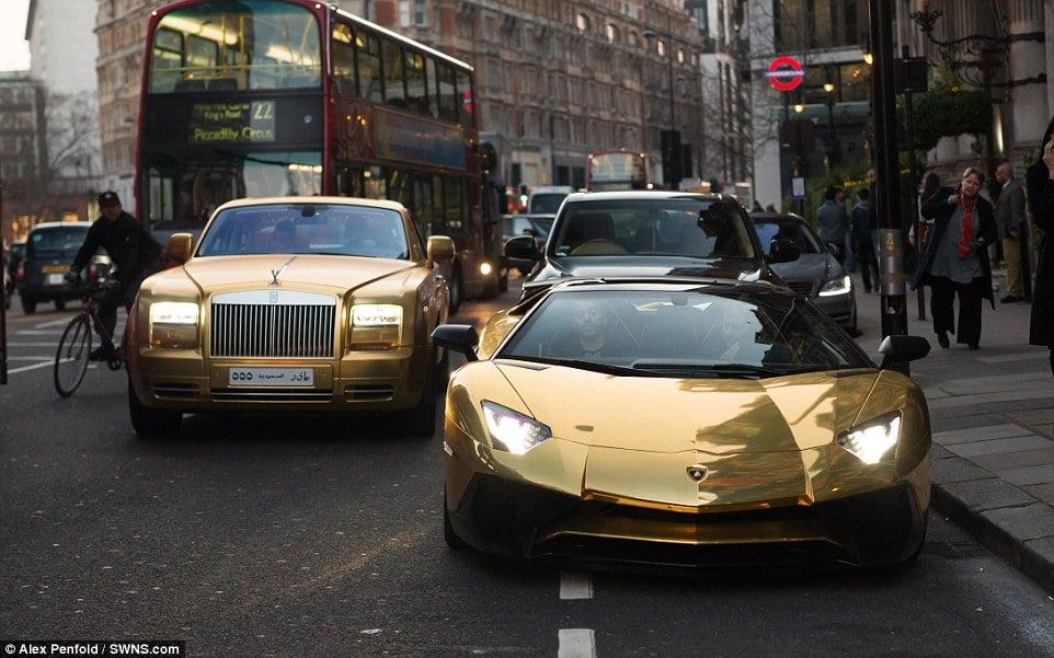 14. Londra, 72 milyarderiyle dünyadaki en çok milyarderin yaşadığı kenttir.