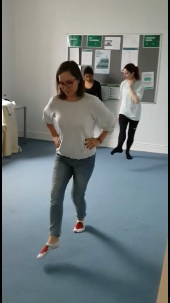7. Irish dance öğrenmeden dönülmemeli.