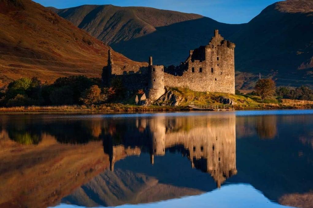 1. İskoçya