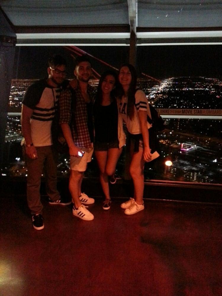 11. Hepimizin işi aynı tarihte bitiyordu ve buluşma noktamız tabi ki Fabulous Vegas oldu.