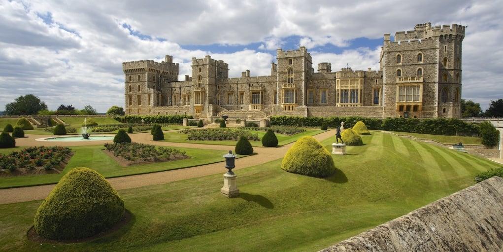 7. Windsor Kalesi dünyanın en büyük kraliyet ikametgahıdır.