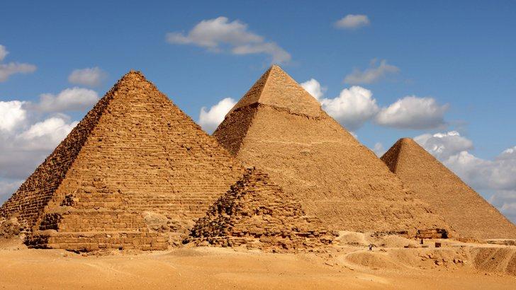 1. Piramitlerde kaybolmak.