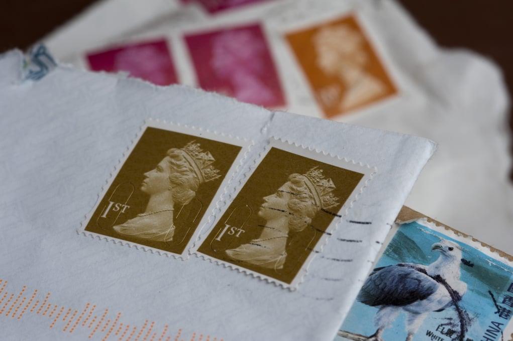 4. Ülkeler arasında gönderilen mektuplarda üzerine ismi yazılmasına gerek olmayan tek ülke İngiltere'dir.