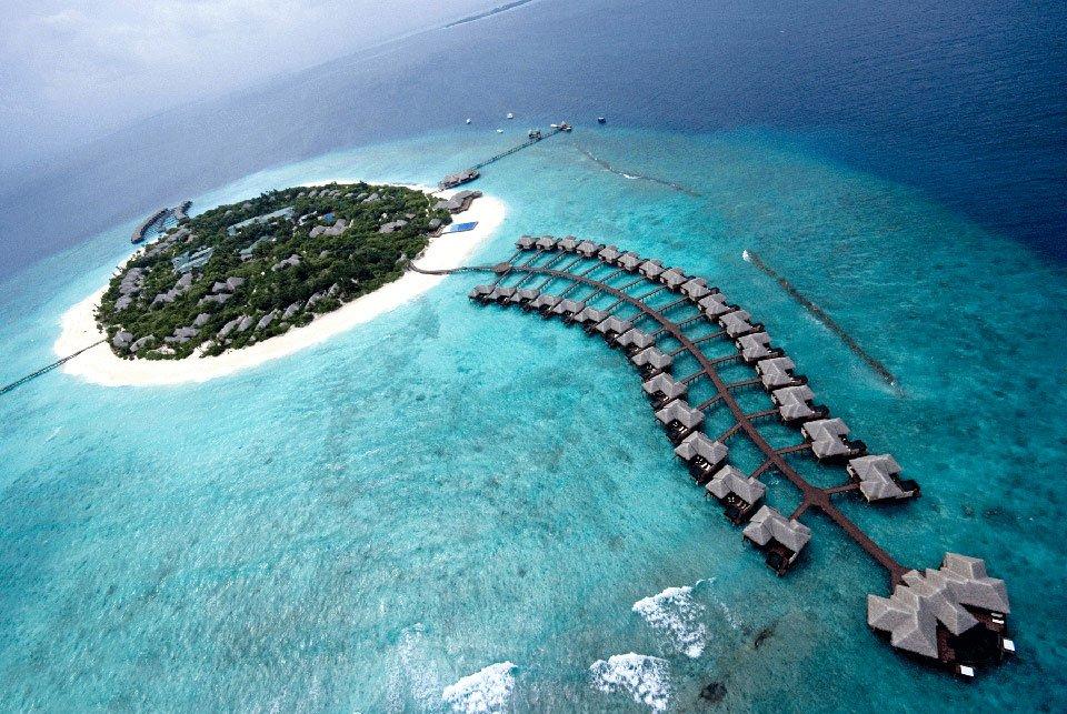 6. Cocoa Island Beaches, Maldivler