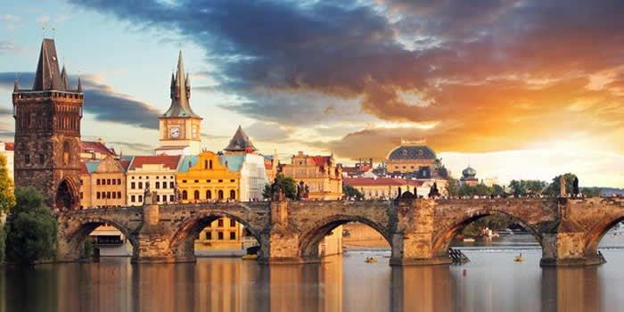 Çekya'da Üniversite Eğitimi Rehberi