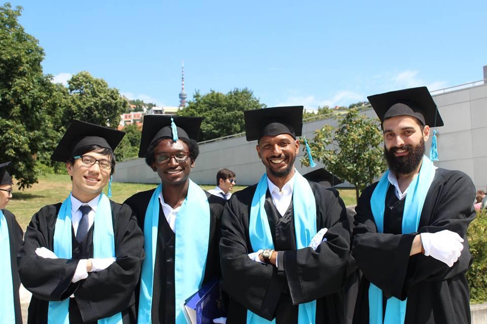 2. Tıp eğitiminde öncü bir üniversitedir.